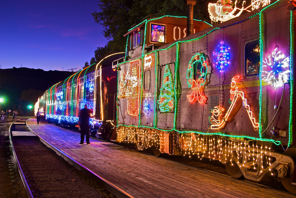 The 13-mile round trip on the Train of Lights takes a little over an hour. Credit Moyer Photos/Flick Creative Commons.