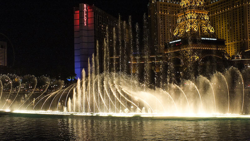 Bellagio Fountains | Flickr CC: Chris Parker