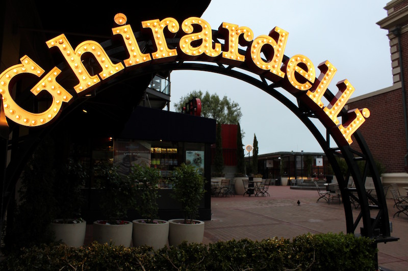 Ghirardelli Square | Flickr CC: Prayitno