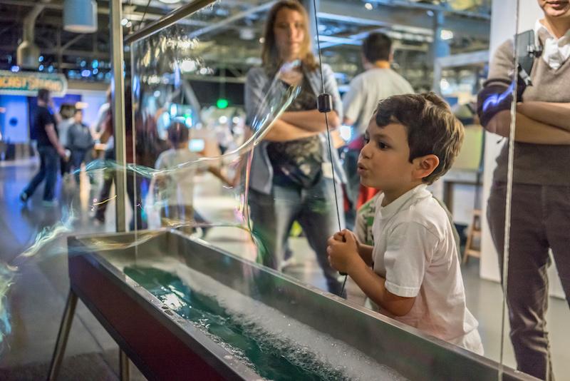 Exploratorium   Flickr CC: Peretz Partensky