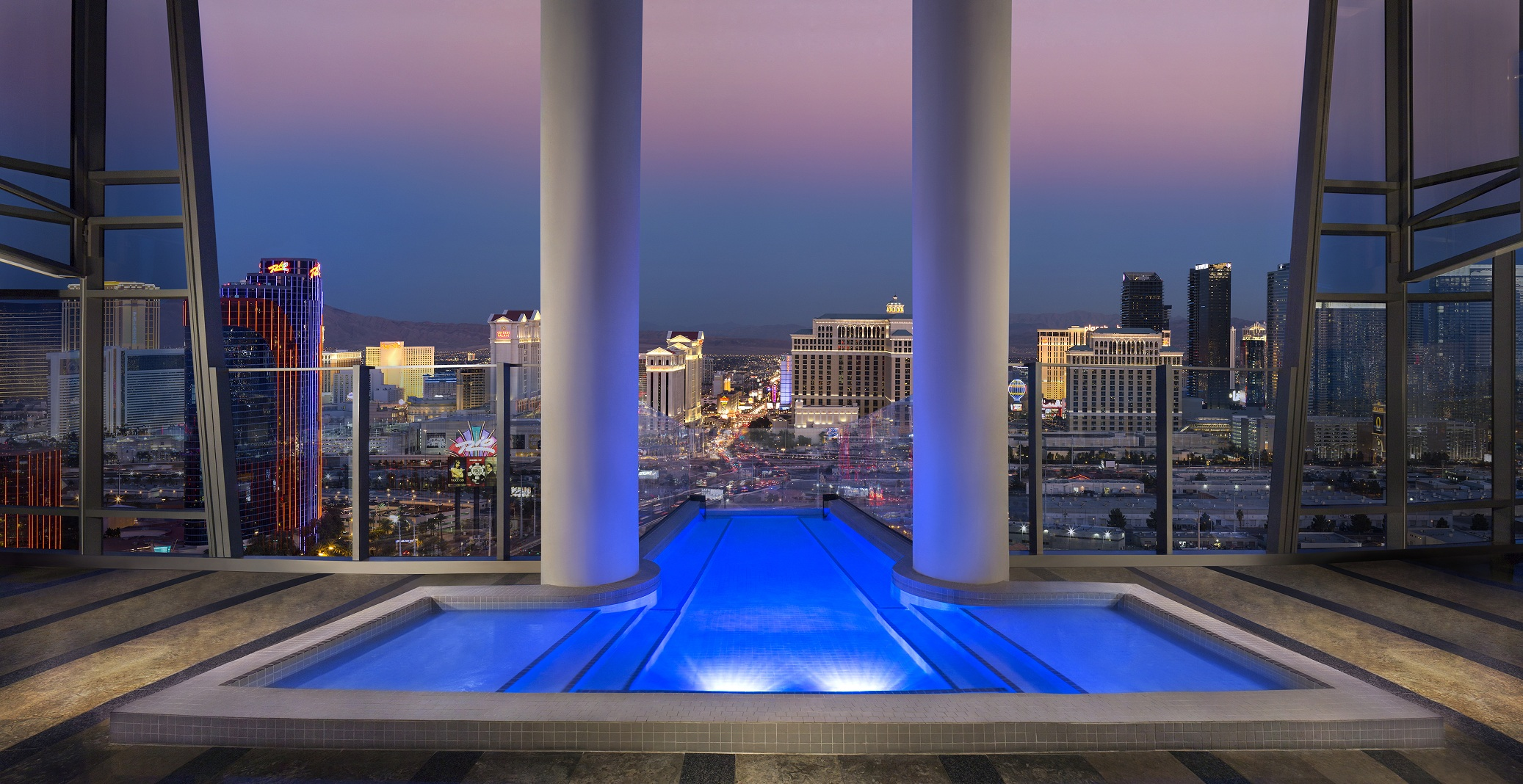 las vegas suites with amazing views