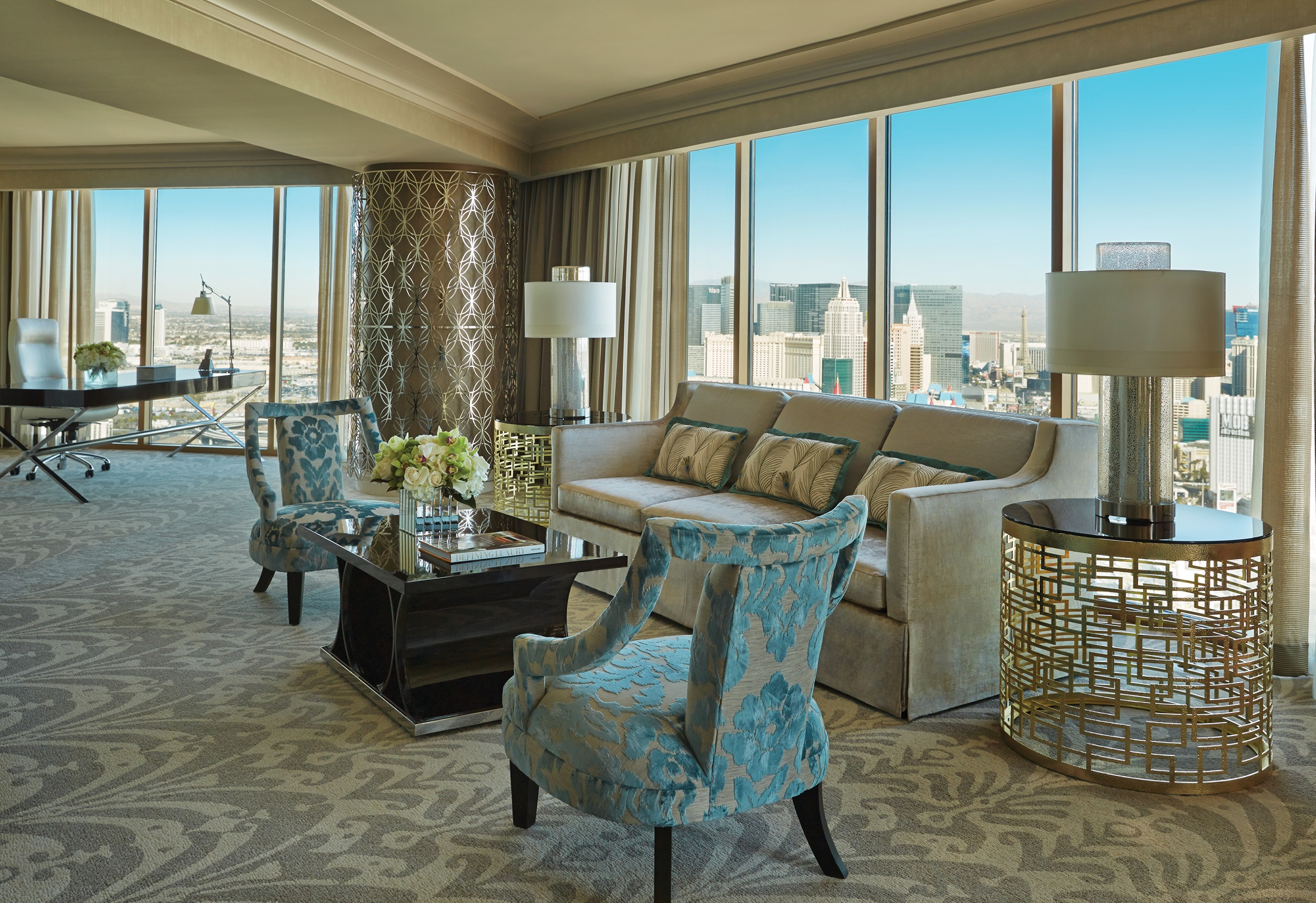 5 Over The Top Vegas Hotel Rooms With Incredible Views Orbitz