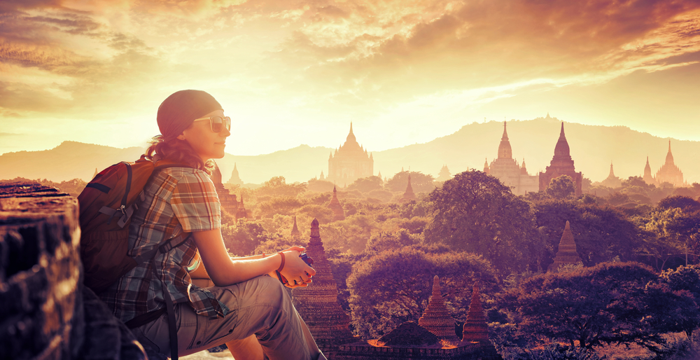 Go like a pro with tips from 3 world famous travel gurus