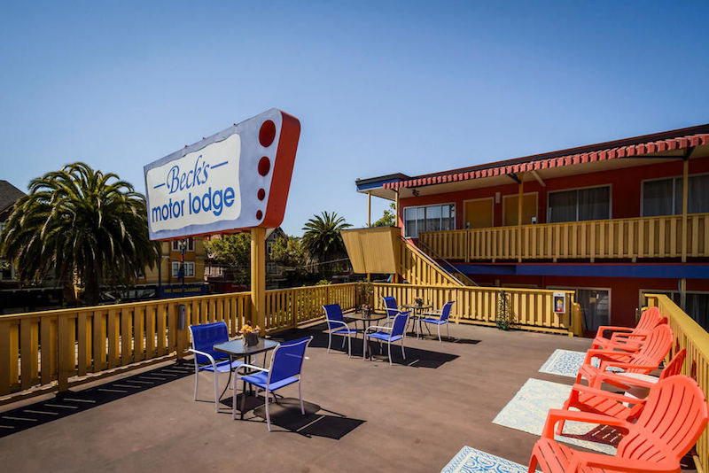 10 retro motels that ooze vintage charm orbitz for Beck s motor lodge castro