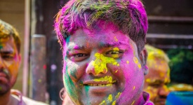 The worlds most colorful celibration - Holi - GettingStamped