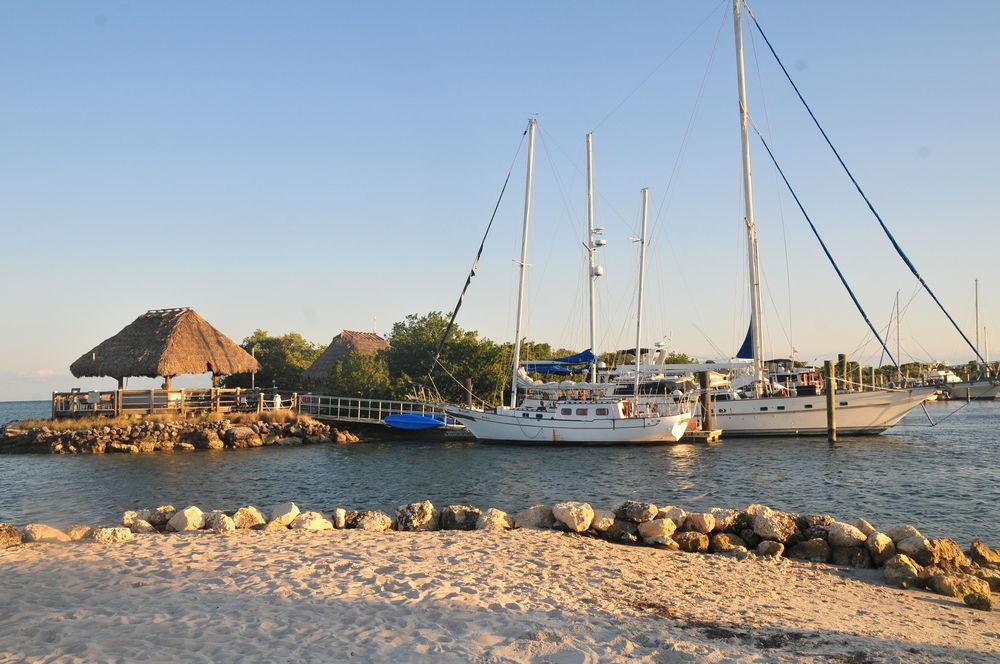 7 amazing Florida houseboats you can book now   Orbitz