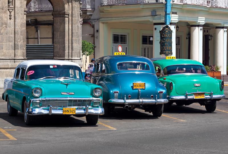 Vintage American cars serving as taxis in Havana
