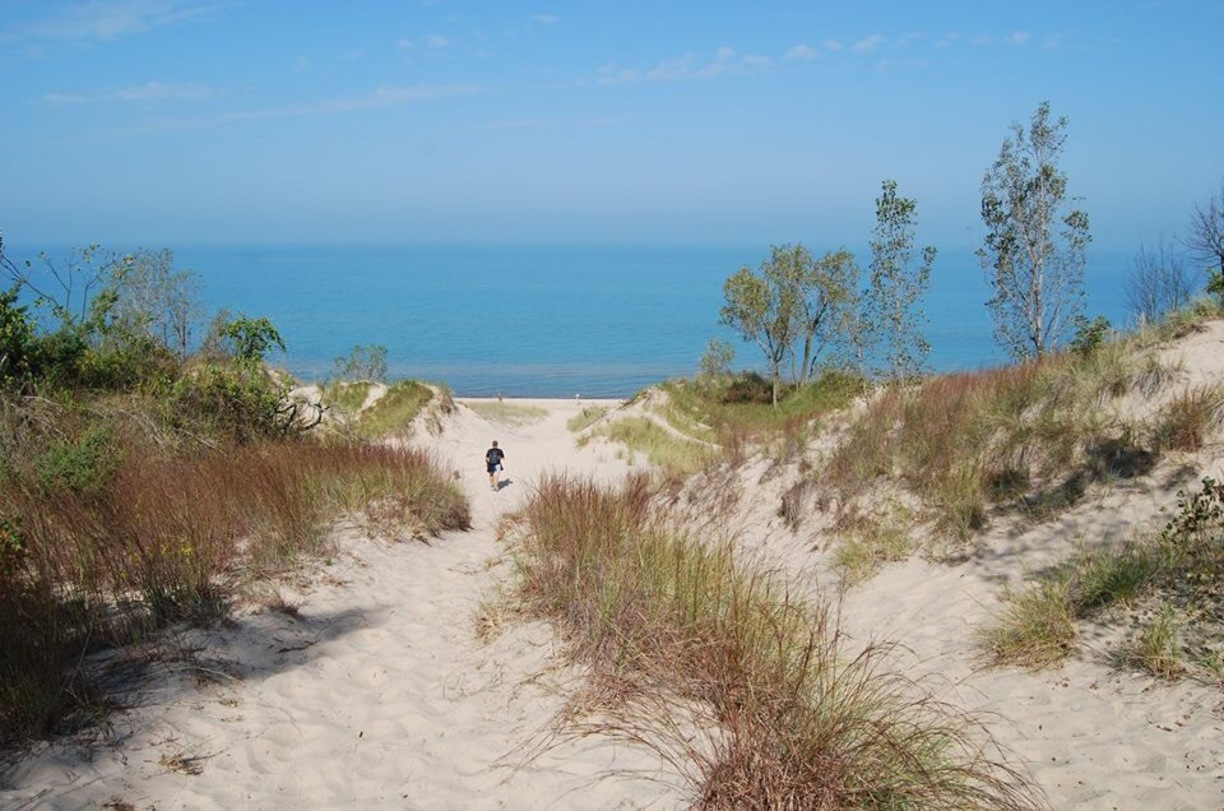 trover-indiana-state-dunes-Gizmo-Goes-West