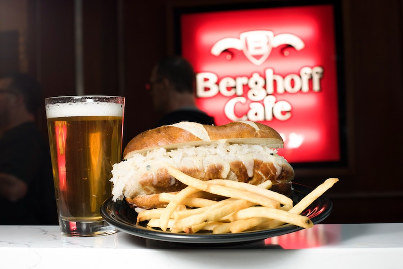bratwurst at the Berghoff-Cafe-chicago-international-airport