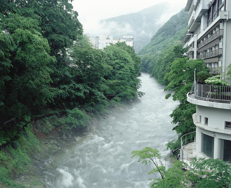 Morning mist flow in Minakami