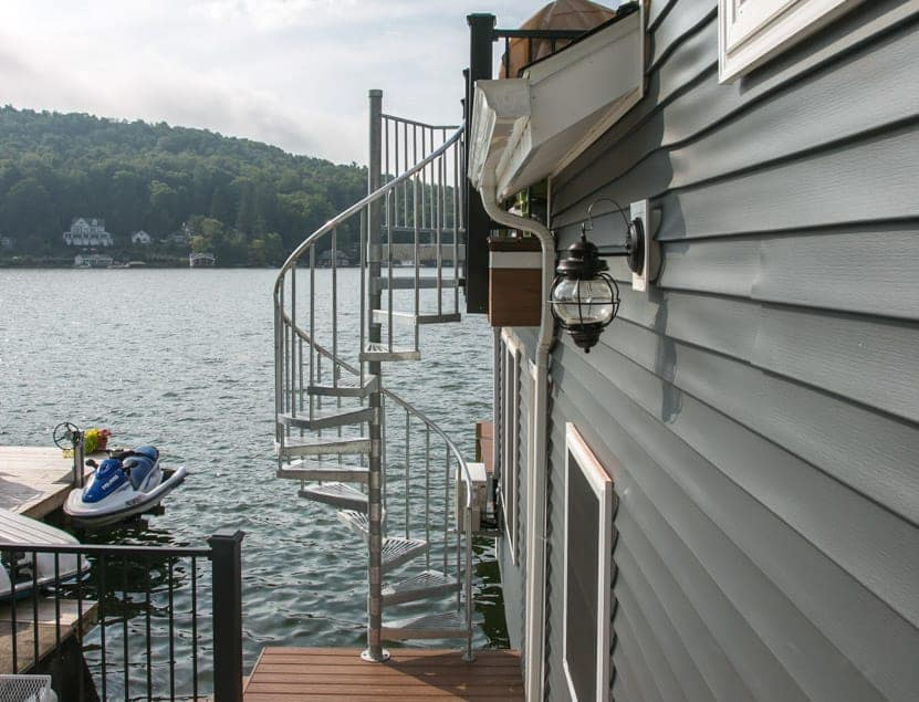 open grate safety steps for outdoor stairs