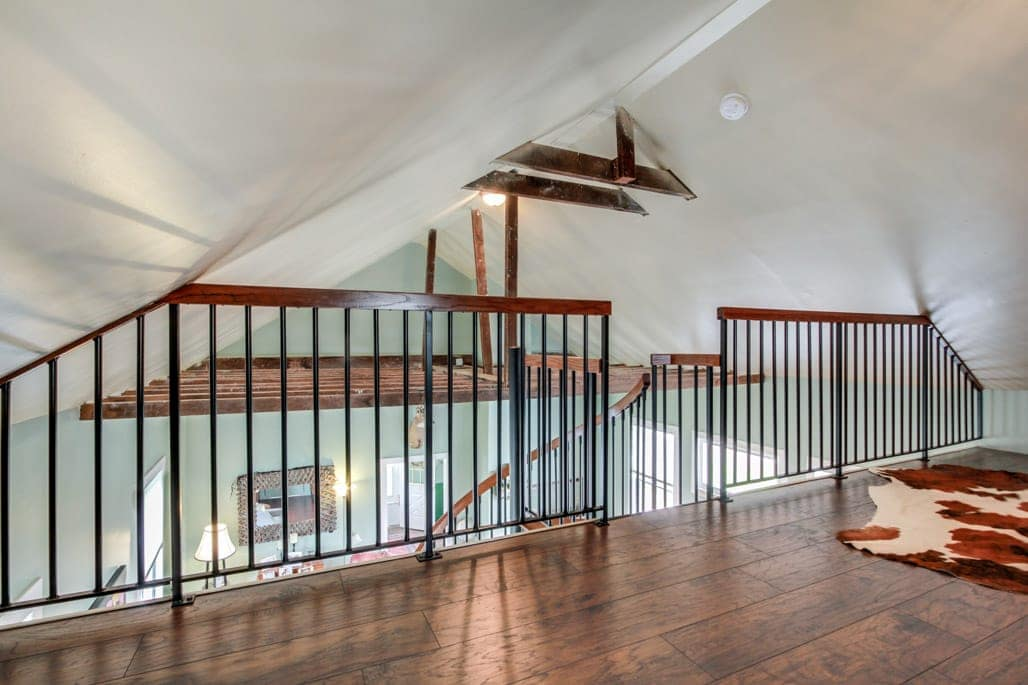 custom paragon loft railing