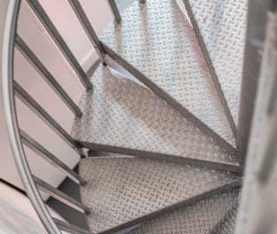 finish-the-hobbyist-spiral-stair