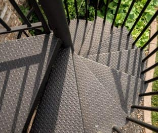 spindles-outdoor-safety