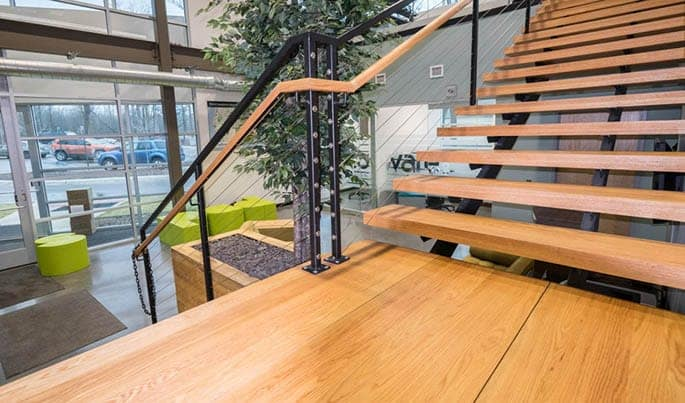 personalize-the-executive-straight-stair