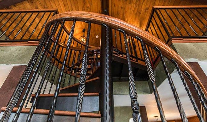 material-the-lodge-spiral-stair