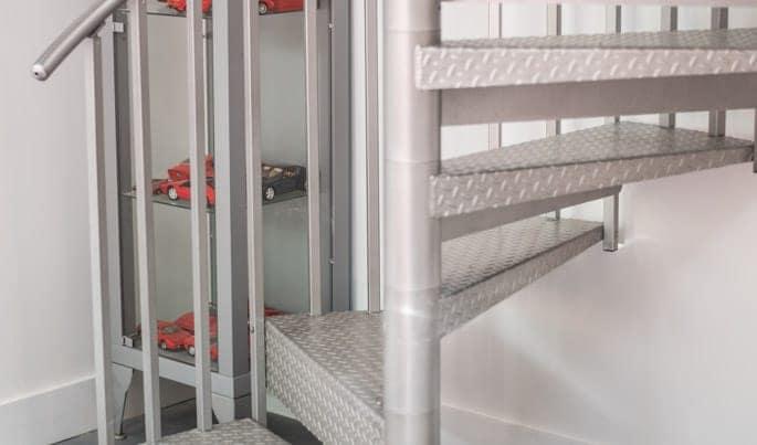 seamless-the-hobbyist-spiral-stair