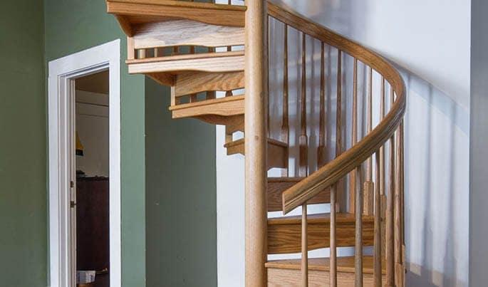 detail-the-craftsman-spiral-stair