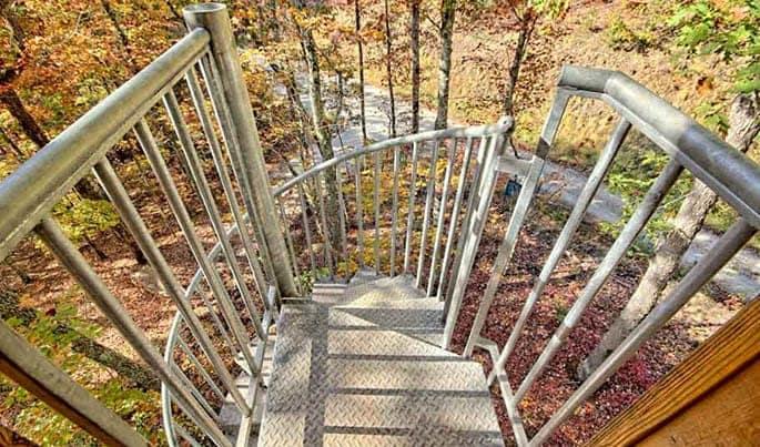 nonslip-the-adventurer-spiral-stairs