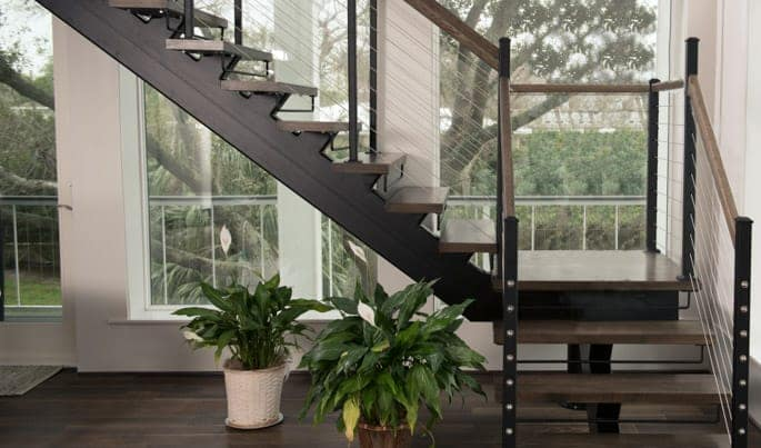 space maximizing floating staircase