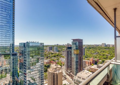 18 Yorkville Ave #3102