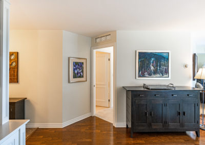 300 Bloor #1008 - Toronto - Modern Movement Creative - Mitchell Hubble - Real Estate Photography -015 - August 26, 2020