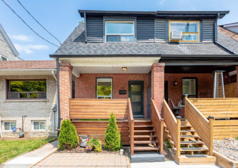 167 Carlaw Ave.