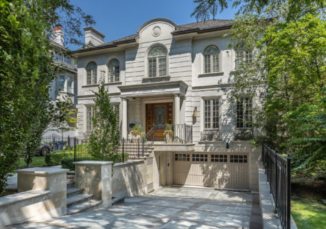 21 Parkwood Ave.