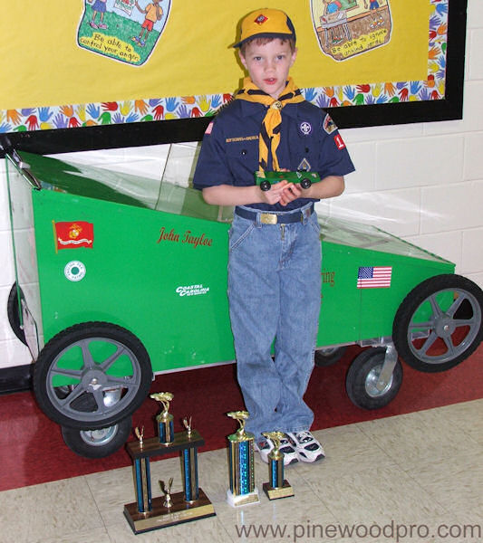 Pinewood Derby Car Design with Trophies