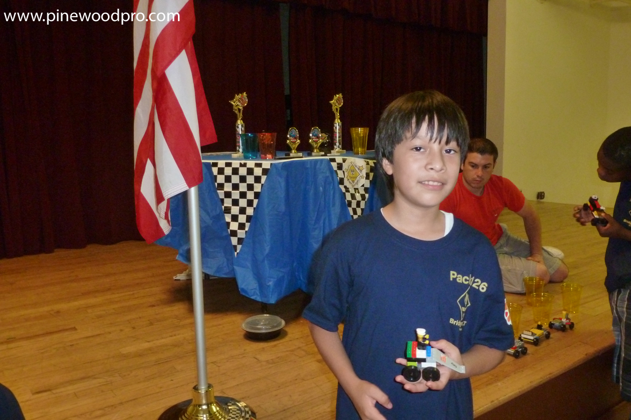 Winner Smallest LEGO Derby Racing Car