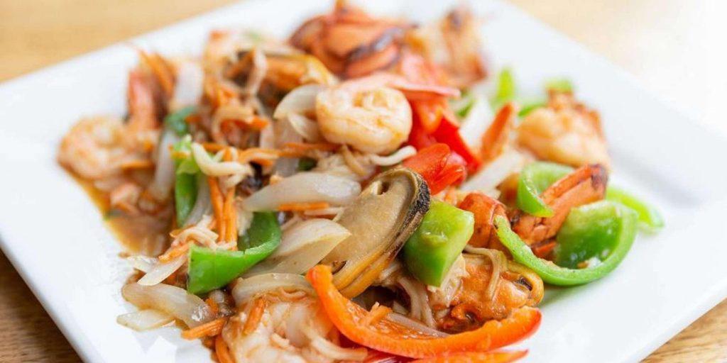 Wok Skills 101: Stir Frying Basics – Cooking Class by Cozymeal™