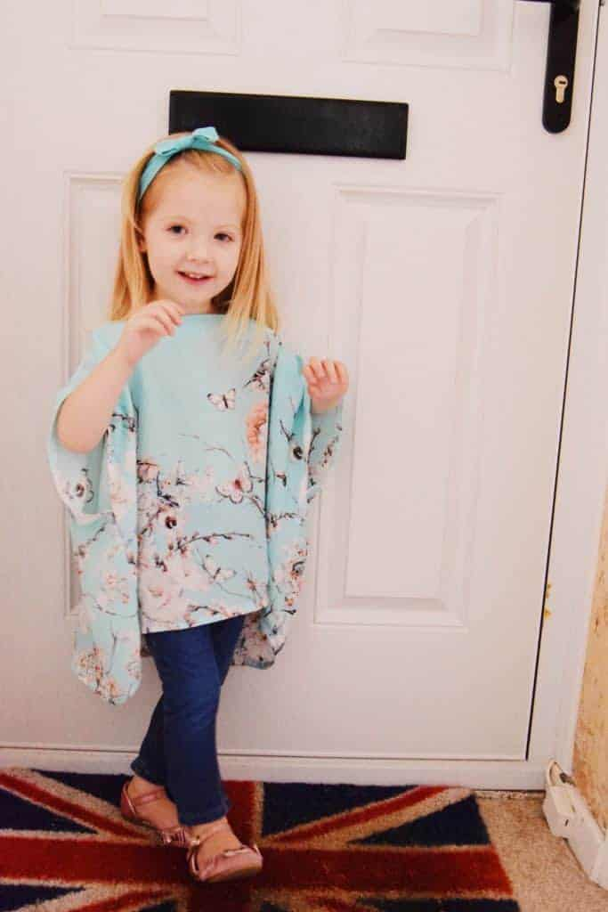 This beautiful children's floaty top pattern is the wonderful Floaty Florence! A simple yet stunning top pattern! Floaty Florence is love!
