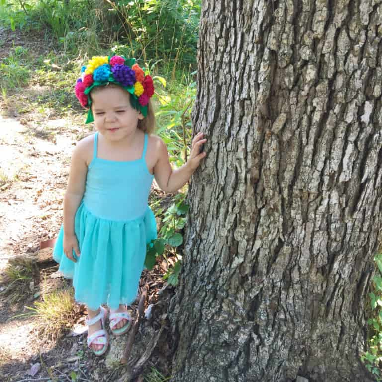 This felt crown and wand sewing pattern makes an adorable elf/ fairy/ pixie/ all things magical dress up set for children.