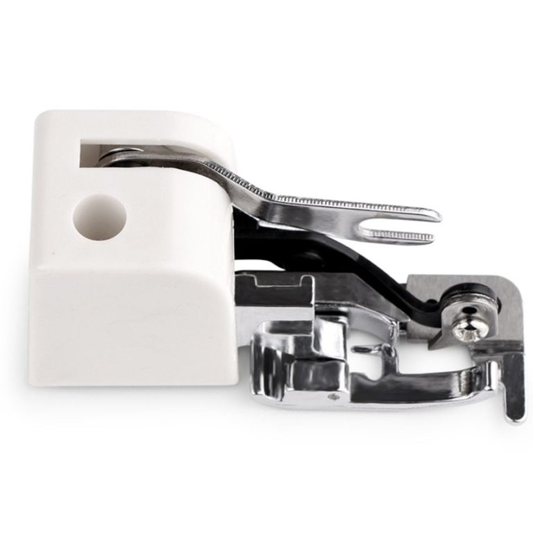 This side cutter presser foot attachment is for use on all low-shank domestic sewing machines including Brother, Janome and Elna.