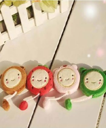 "150cm 60"" Novelty Plush Retractable Tape Measure (random colors)."