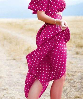 This free adjustment tutorial will guide you through a full tummy adjustment for woven dresses to ensure the best fit for your me-made wardrobe!