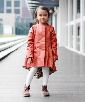 The Stella coat is a WOW piece... Fully lined and tailored, this adventurous beginner to intermediate level pattern gives you a classically beautiful and flattering garment that can be worn as an extra warm layer or as the hero of your outfit!