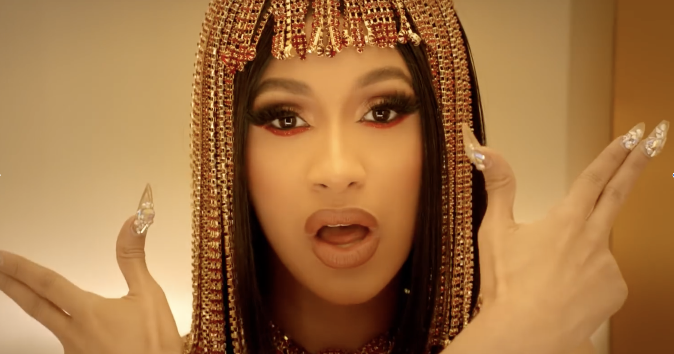 Cardi B Money: Cardi B Offers 2018's Biggest Flex In Her Video For 'Money'