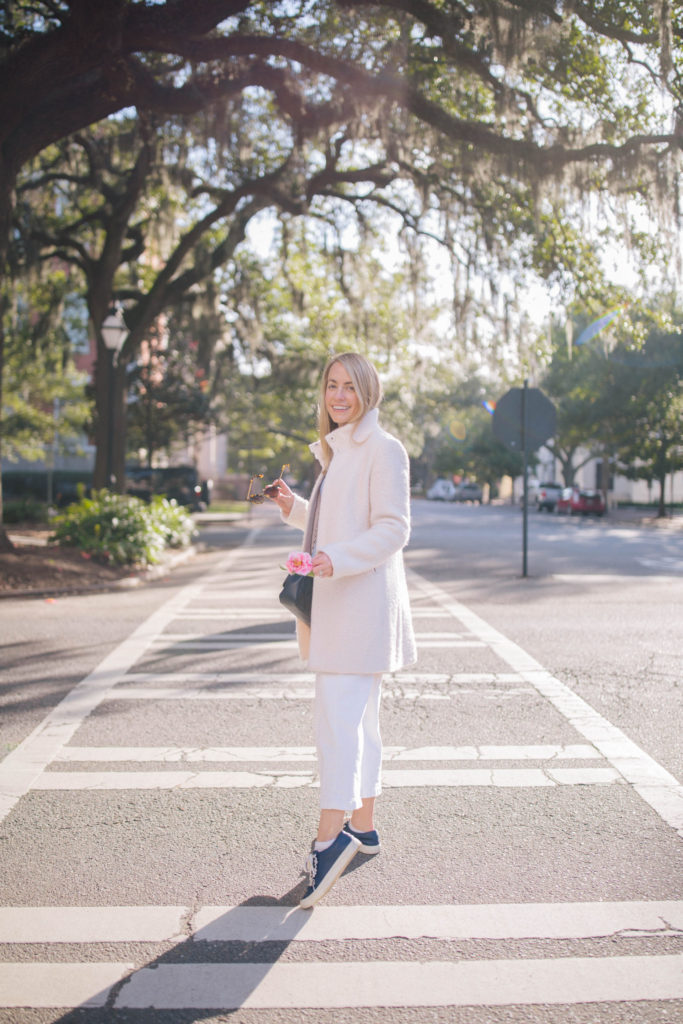 How To Style White Jeans - What to Wear in Savannah, GA | Rhyme & Reason 2