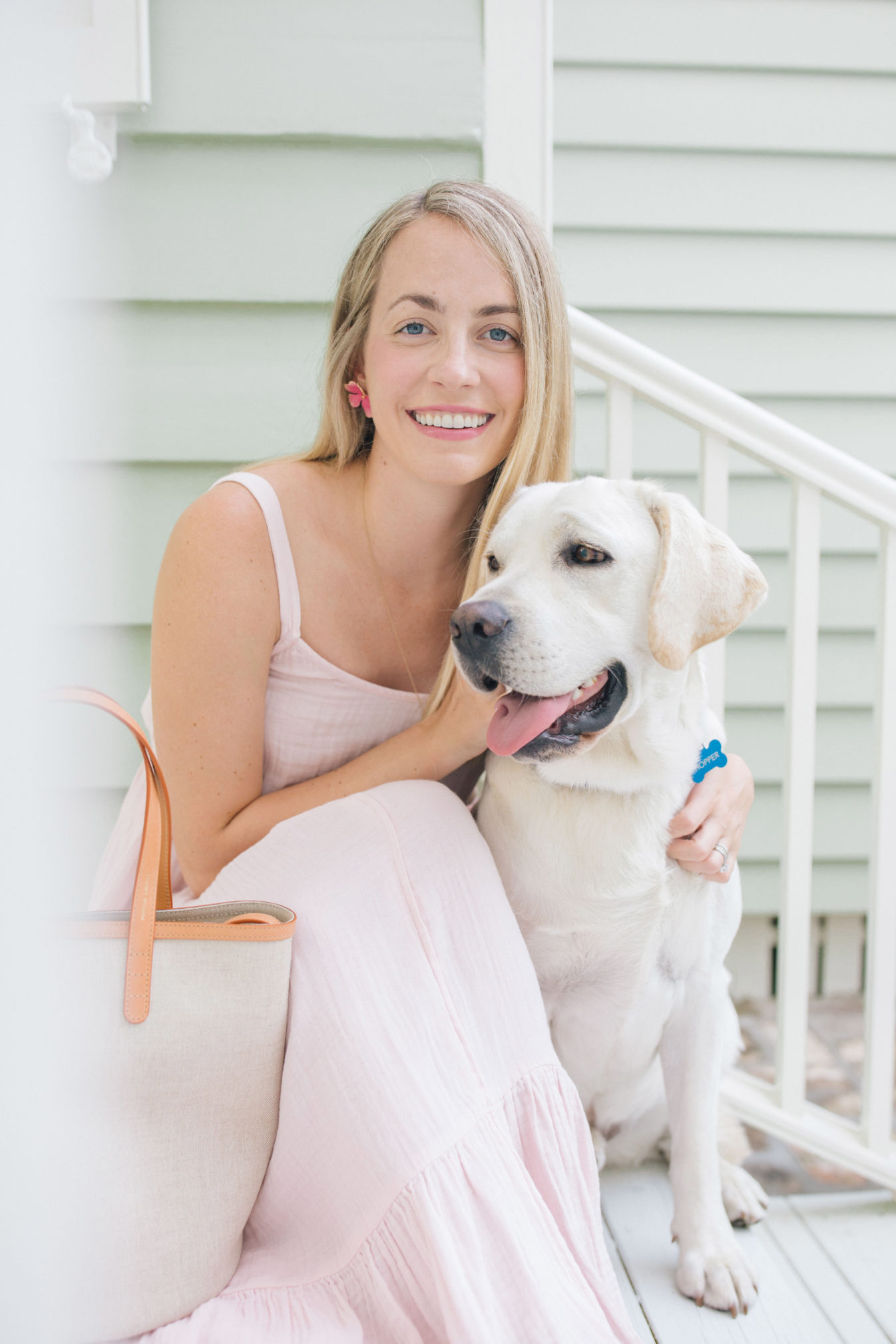 Jillian Eversole with her whie lab Hopper in Charleston + Weekend Reads, No. 134 | Rhyme & Reason