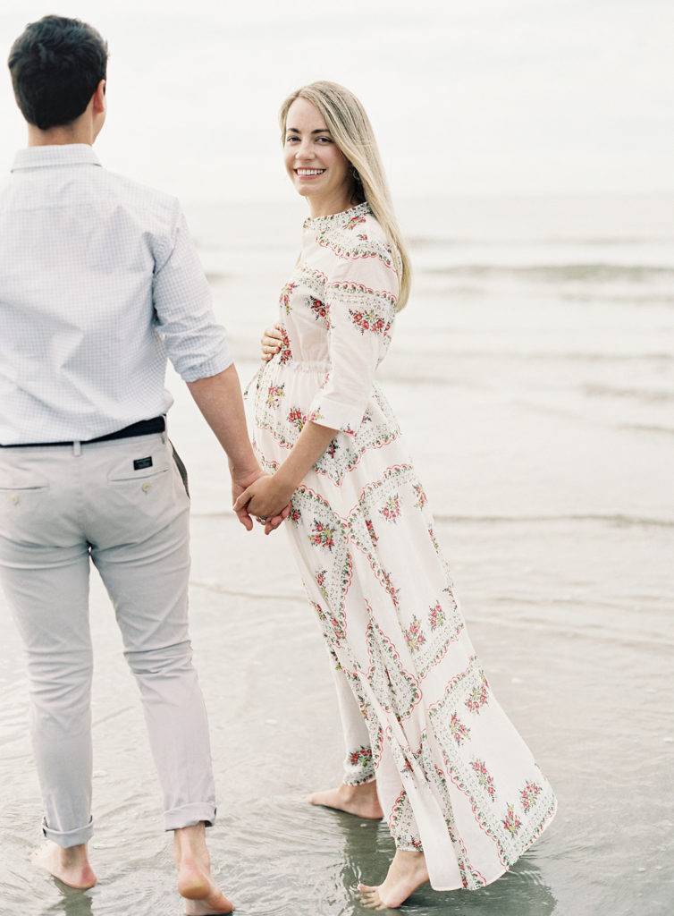Jillian and Edwin Eversole share their pregnancy announcement in Charleston, SC | Rhyme & Reason
