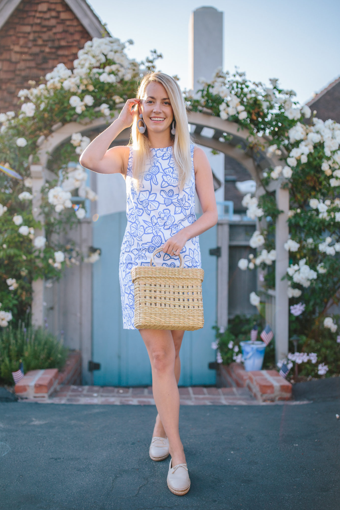 Blue and white floral dresses to buy on sale summer 2020   Rhyme & Reason