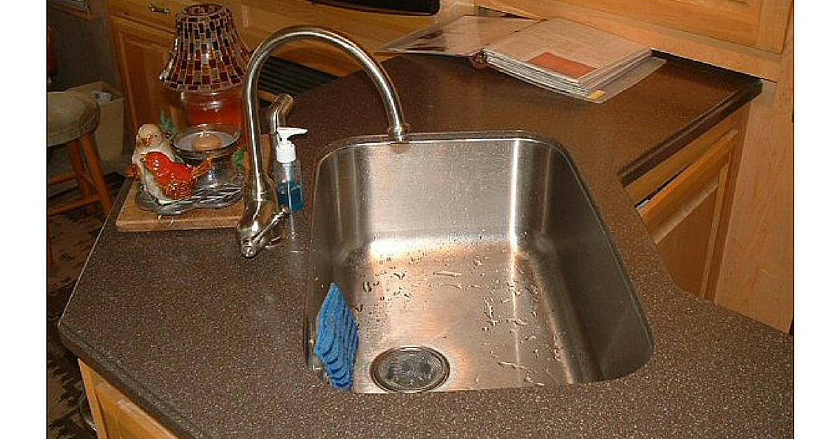 RV Sink & RV Shower Faucets - Read This Before Buying - RVshare.com