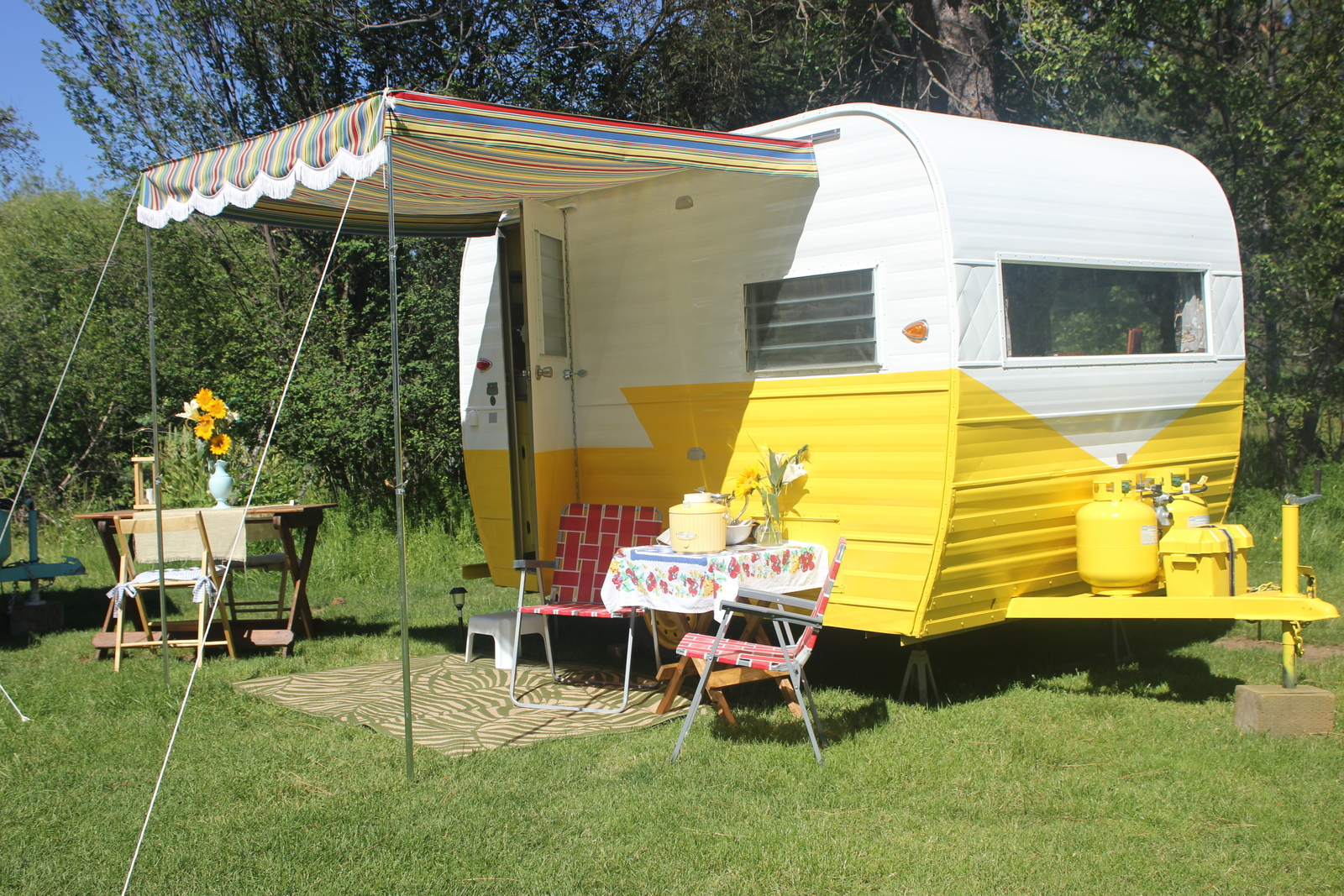 That would rent vintage travel trailers oregon