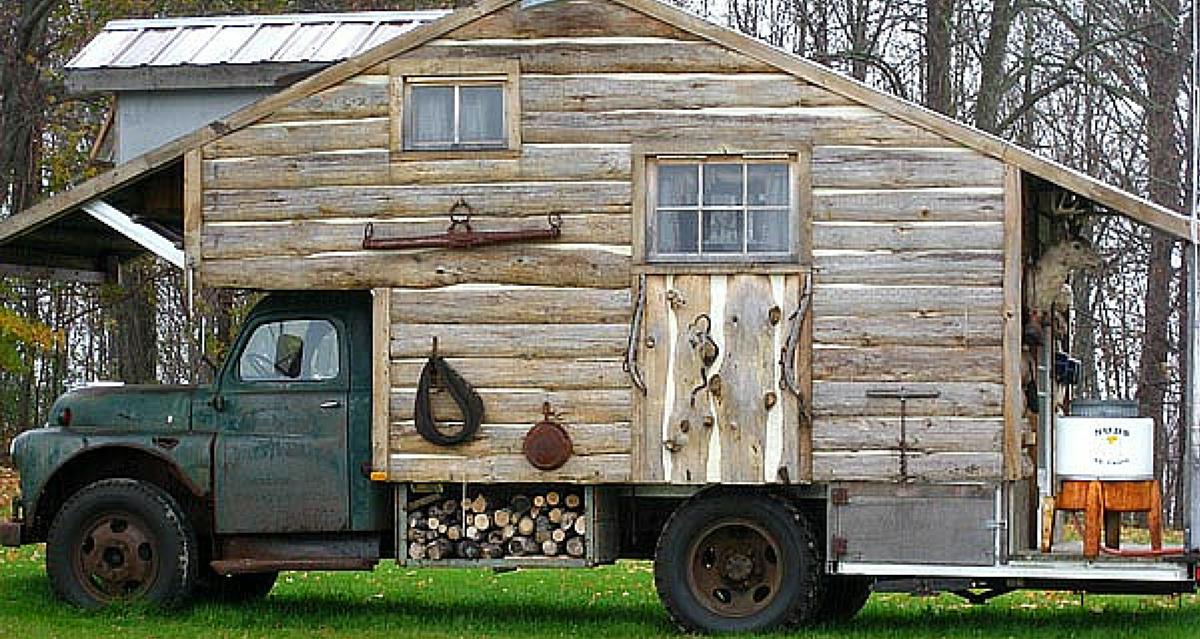 Superbe Truck Camper Or Mobile Log Cabin?   RVshare.com