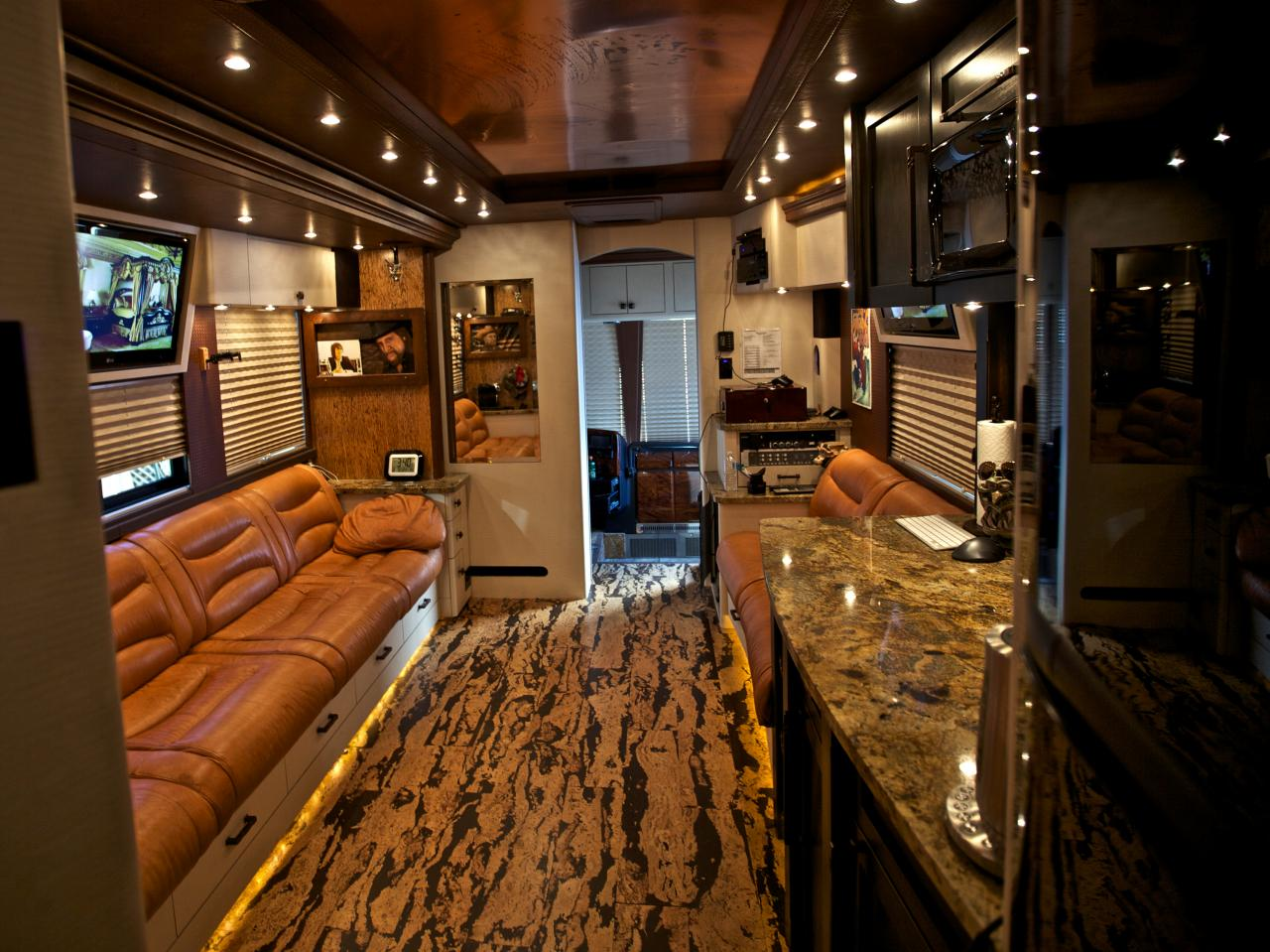 The Inside Of This Country Stars Tour Bus Is A Masterpiece