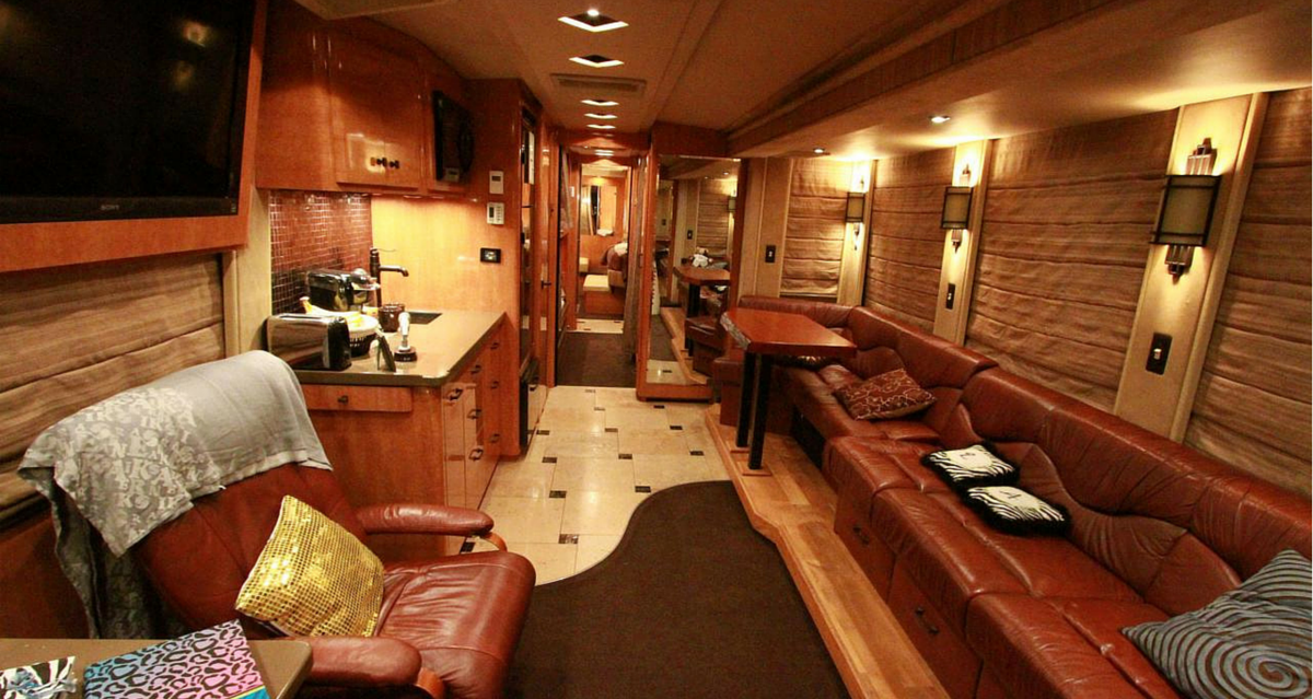 Take a peak inside gary allan 39 s one of a kind tour bus Tour bus interior design
