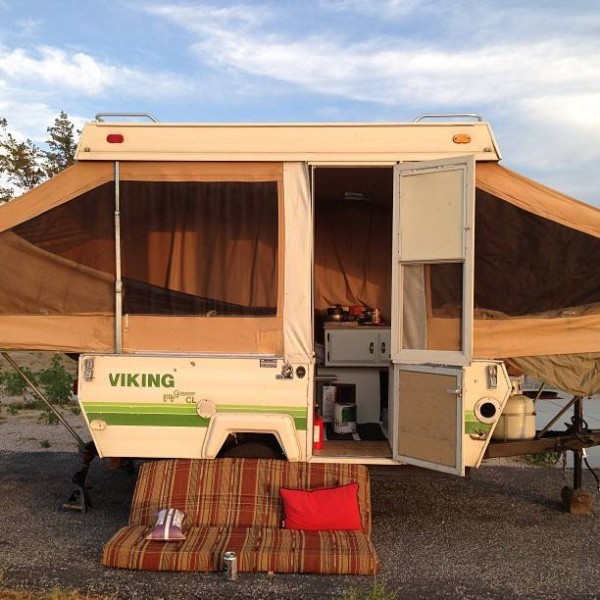 Man-converts-pop-up-camper-into-diy-micro-cabin-on-wheels-00018 ...