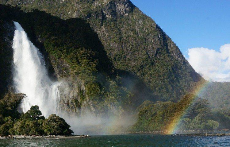 8 Amazing New Zealand Sights To Explore In Your Camper Van