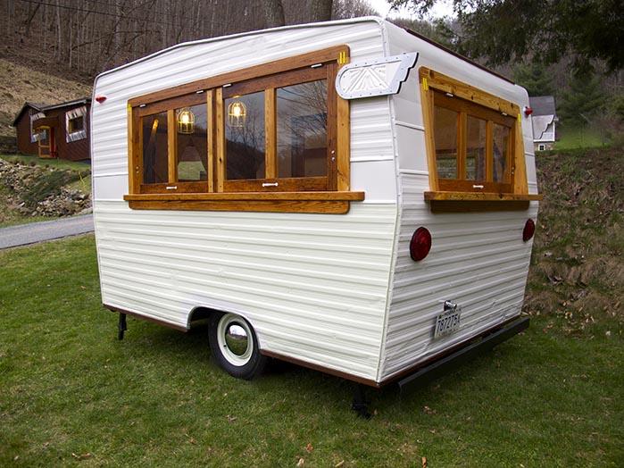 This 1971 Shasta Camper Just Got A Makeover - RVshare.com